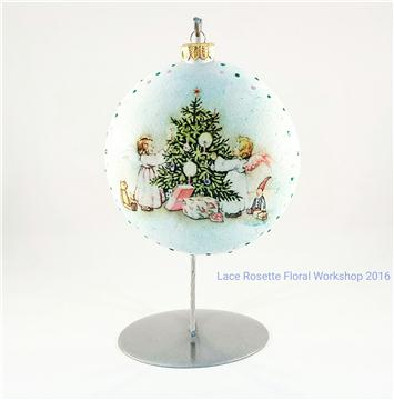 Christmas Bauble Decoupage One Day Course 聖誕球拼貼一天親子班