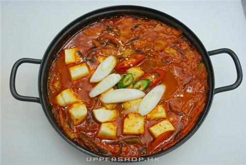 牛肉泡菜火鍋