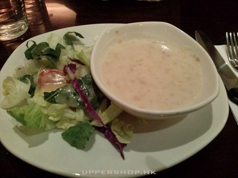 磨菇湯及沙律