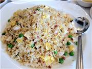 Shanghai Lu Yang Cun Restaurant小吃真不錯!