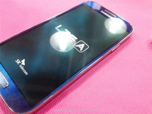 藍色Samsung Galaxy S4