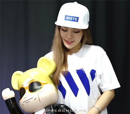 WHITE_HK本地服裝品牌