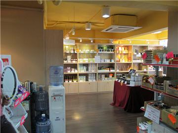 新時代環球美食專門店