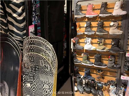 SBF Board Shop 商舖圖片1