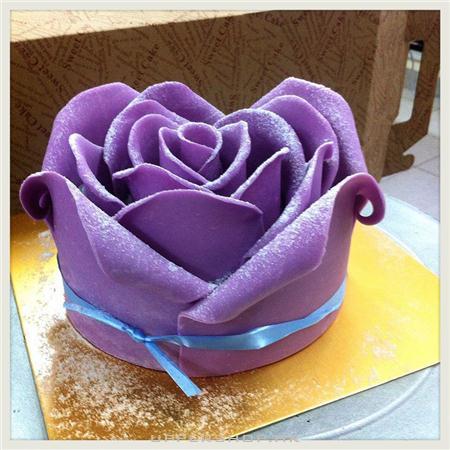 Private cake