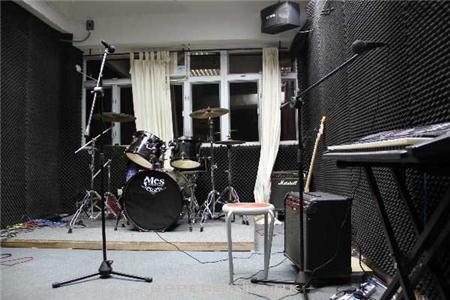 E&ampL 音樂教學中心 (太古)
