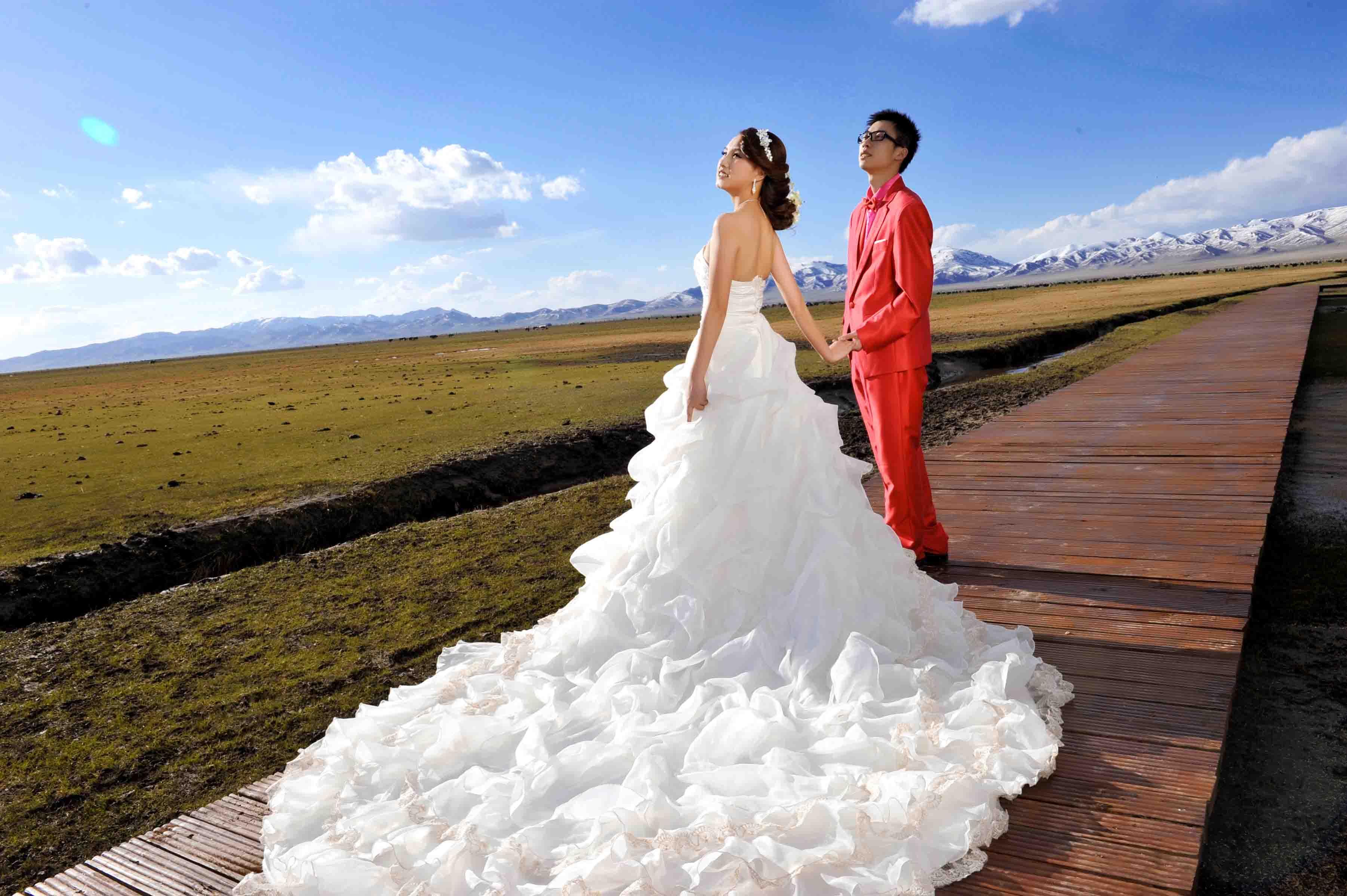 拍婚纱照大概多少钱_婚纱照一般要多少钱 拍婚纱照注意哪些陷阱