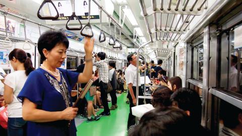 韓國地鐵內